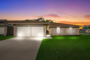 10302 Blue Oak, Houston TX 77065