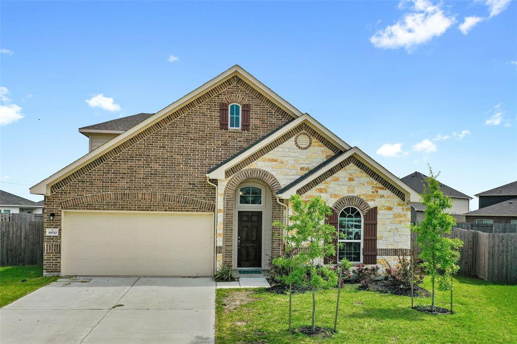 8830 Willet Street, Baytown, Texas 77521, 3 Bedrooms Bedrooms, 5 Rooms Rooms,3 BathroomsBathrooms,Rental,For Rent,Willet,10451347