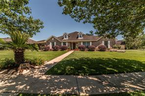 321 Winding Oak Lane, League City, TX 77573