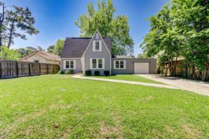 203 Florence Street, Tomball, TX 77375