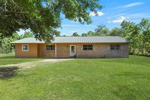 1064 County Road 2271