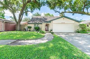 16418 Hickory Knoll, Houston TX 77059