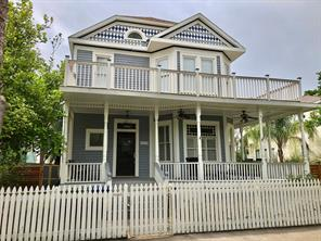 1515 Avenue M, Galveston, TX 77550
