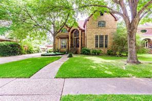 1811 Raintree Circle, El Lago, TX 77586