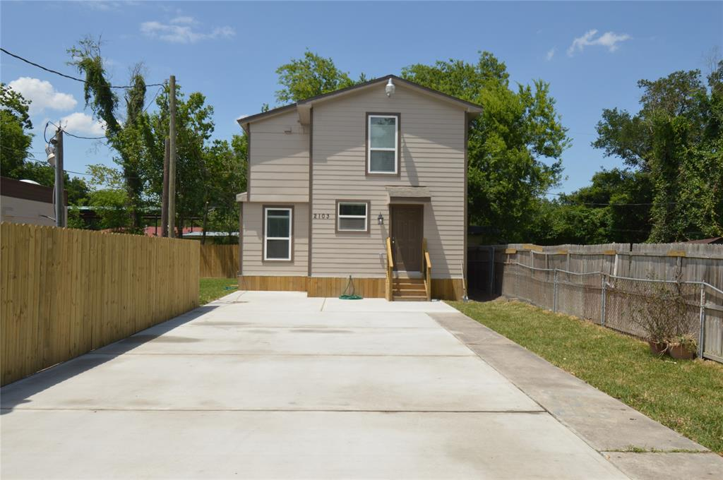Great Investment property!! Properties have been Completely updated. Both mobile homes ,home &  RV are currently leased month to month. Seller just finished remodeling. Conveniently located by Beltway 8 and Hardy.