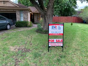 1035 Maclesby Ln, Channelview, TX 77530