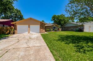 15919 Kenbrook, Houston TX 77489
