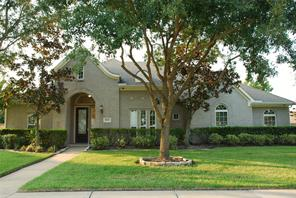 11803 Crescent Bluff, Pearland TX 77584