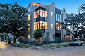 1734 Wentworth, Houston TX 77004