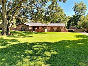 201 Pecan Estates, Bailey's Prairie, TX, 77515