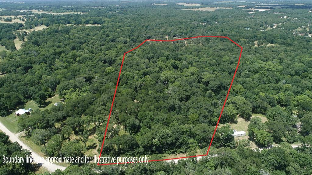 4.66 acres of wooded land located in a subdivision with light HOA restrictions. Imagine the country life on this spacious lot with plenty of room to expand! Only 15 minutes from Lake Somerville and approximately 20 minutes from BCS, this property boasts potential. Manufactured homes are allowed. Subdivision features a volunteer fire department, community lakes, pool and park.