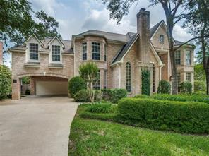 18 Hillside View Place, The Woodlands, TX 77381