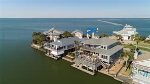 4115 Bayside, Jamaica Beach, TX, 77554