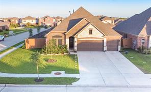 12723 White Cove Drive, Texas City, TX 77568