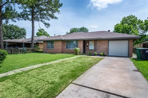 2707 Dragonwick, Houston TX 77045