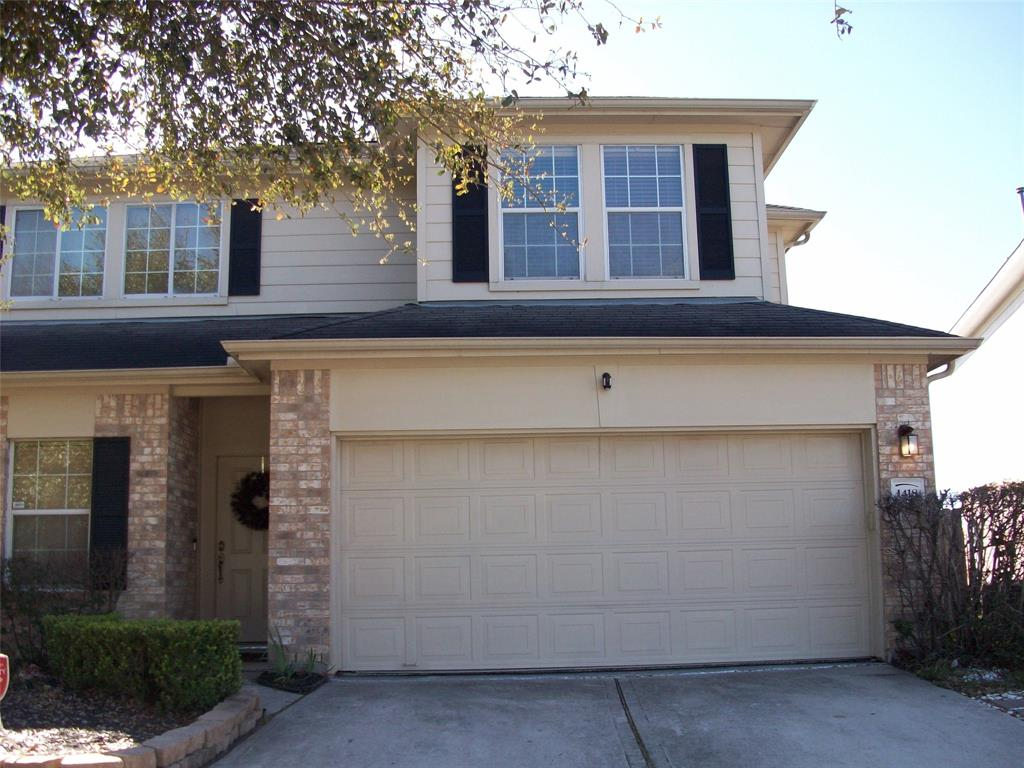 This property is in excellant condition. Fenced back yard and a walking trail behind the house. Cypress Creek is in walking distance and if you fish, you will feel right at home. This home shows pride of ownership. You will love it. To all possible  renters. Please keep all kids close to the parents.  The owners are related to the Realtor. Daughter and Son-in-Law