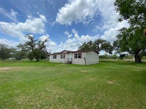 1224 County Road 724, Brazoria TX 77422