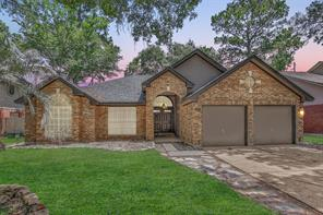 5514 Village Springs, Houston TX 77339