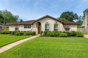 15402 Saint Cloud, Houston TX 77062