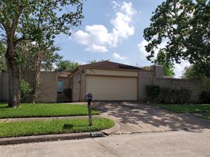 8515 Sandy Glen, Houston TX 77071