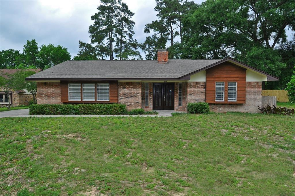 Beautiful 4/2 in the quiet neighborhood of Riverbook/Forest Hills. 2 minutes from I-45 and 242.  7 minutes from The Woodlands Pkwy. 9 Minutes from Conroe/105. This residence was recently updated and comes w/ hardwood floors, granite countertops and nicely appointed bathrooms. Ceiling fans through out. AC is 2 years old and blows very cold. There is a 20x20 room above the garage that could be used as a playroom, office, or an extra bedroom. The backyard has a fabulous play structure with swings and a slide. The kitchen comes equipped with a stove, fridge and food disposal. Laundry hookups include gas dryer. Pets are allowed on a case by case basis.