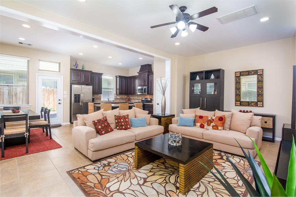 ***FURNISHED (See exclusions)**NO SHORT TERM- MIN 12 MO LEASE **1 SMALL PET (CASE BY CASE) ** ALL BEDROOMS UP **3 BEDROOMS **2.5 BATH **Well and impeccable townhome in Sterling Ridge, close to all Woodlands amenities. Open floorplan with tie floors downstairs, kitchen and dining combo, island kitchen with granite countertops, neutral paint colors, built-ins, abundant windows with plenty of natural light, walking distance to Exemplary Coulson Tough Elementary k-6, and The Woodlands Ninth Grade Campus.  CONROE ISD SCHOOLS