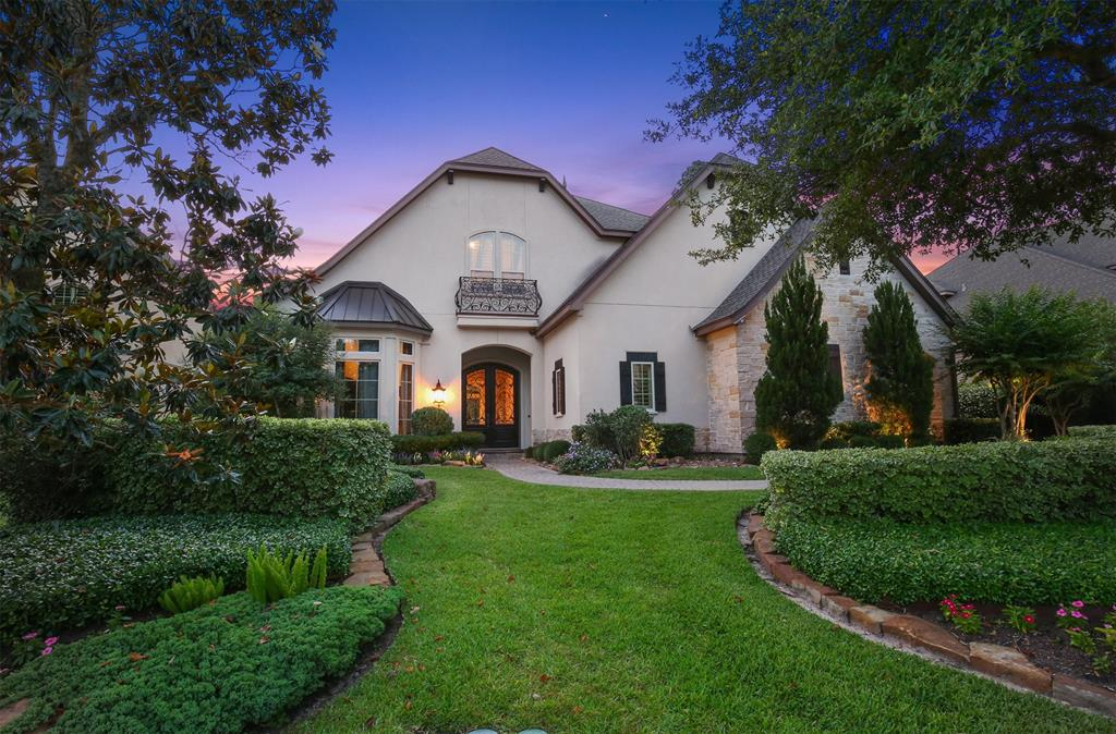 Exquisite French Country custom home built by Rueby in the prestigious neighborhood of Player Point. The design inspired 5 bedroom property features elegant curb appeal & luxury features throughout. Dramatic pool, spa & summer kitchen with cathedral ceiling, large covered seating area, fireplace and additional fire pit area offers an elevated level of comfort & privacy. Chef's kitchen with large island, professional appliances, beautiful granite countertops & dual sinks opens to breakfast room & den w/vaulted wood-beamed ceiling & gas fireplace. Butler's pantry w/desk area & wine fridge Formal dining & sophisticated study with separate alcove. Incredible 1st floor owner's retreat with private patio & spa-like ensuite and luxe custom details. Additional 1st floor bedroom w/ensuite. Three spacious bedrooms upstairs, each with ensuite bath, game/flex room & media room with bar and sink. This is truly a magnificent home with plenty of room to entertain and to enjoy year round!