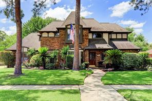 15923 Parkchester Drive, Houston, TX 77062
