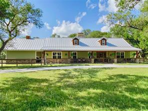 1336 County Road 105, Columbus, TX 78934