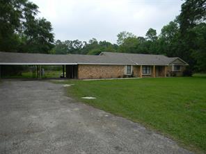 415 County Road 443, Dayton, TX 77535
