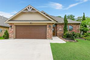 119 Blue Jay Court, Richwood, TX 77566