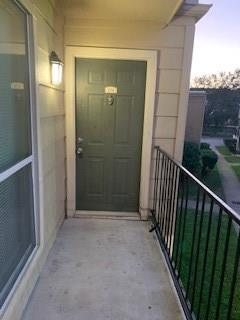 8100 Creekbend Drive, Houston, Texas 77071, 2 Bedrooms Bedrooms, 3 Rooms Rooms,2 BathroomsBathrooms,Rental,For Rent,Creekbend,86461927