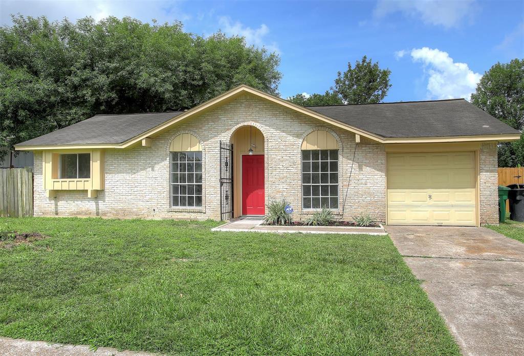5011 Castlecreek Lane, Houston, Texas 77053, 3 Bedrooms Bedrooms, 3 Rooms Rooms,1 BathroomBathrooms,Single-family,For Sale,Castlecreek,38584114