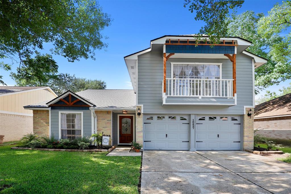 13427 Pecan Oak Drive, Houston, Texas 77065, 3 Bedrooms Bedrooms, 10 Rooms Rooms,2 BathroomsBathrooms,Single-family,For Sale,Pecan Oak,54126275