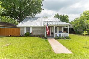 606 Wilkes Street, Smithville, TX 78957