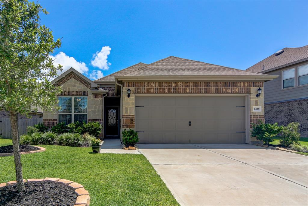 5419 Silver Ledge Drive, Katy, Texas 77493, 3 Bedrooms Bedrooms, 8 Rooms Rooms,2 BathroomsBathrooms,Single-family,For Sale,Silver Ledge,6708234