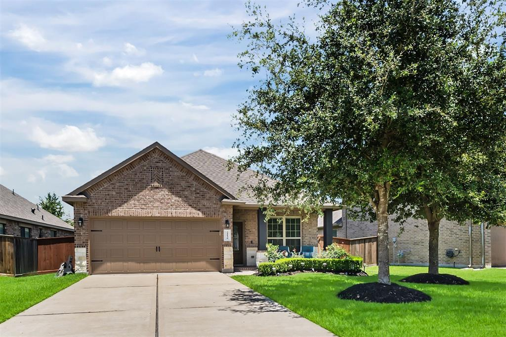 24130 Via Renata Drive, Richmond, Texas 77406, 3 Bedrooms Bedrooms, 4 Rooms Rooms,2 BathroomsBathrooms,Single-family,For Sale,Via Renata,10876859