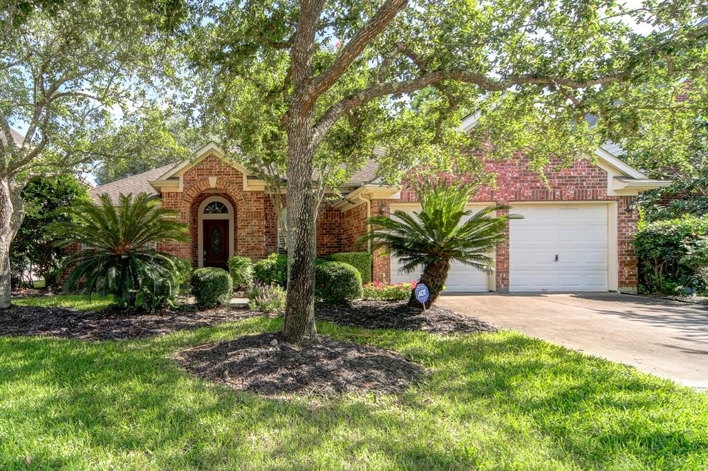 4134 Nolan Place, Pearland, Texas 77584, 3 Bedrooms Bedrooms, 9 Rooms Rooms,2 BathroomsBathrooms,Single-family,For Sale,Nolan,84458581
