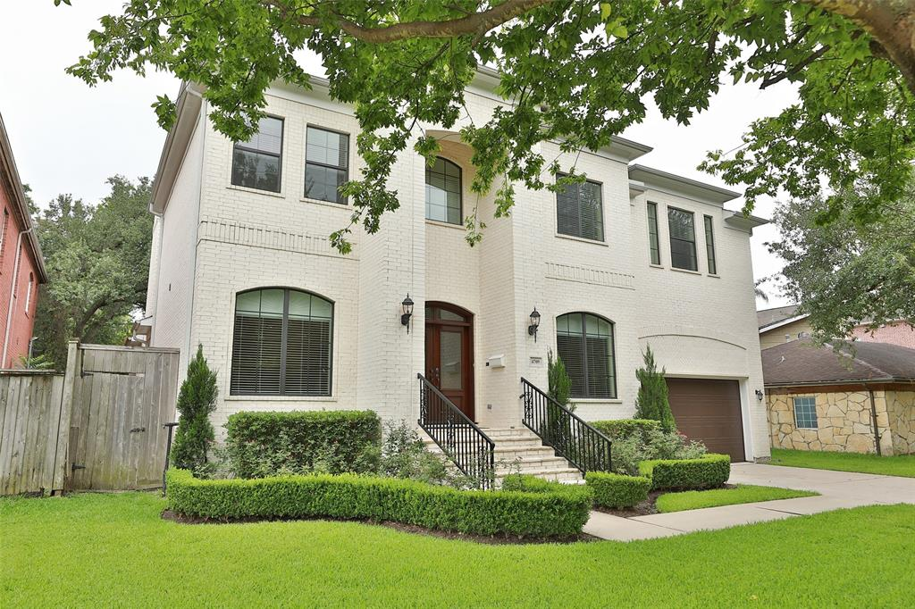 """Reduced for Quick Sale! Custom-built for current owner by Brookstone Homes. Open floor plan with soaring ceiling and terrazzo floors. Expansive granite counters provide comfortable family living as well as a venue for Lavish Entertainment. Six-inch exterior walls provide extra insulation and quietude. Special Features include built-in Thermador Cappuccino station; Surround Sound in MBR, Family Room & Game Room; Bosch Convection Oven, Microwave, Dishwasher; Central Vacuum; Silent 3-speed ceiling fans; Austin limestone covered patio; Gun closet; Tankless water heater; Walk-in attic storage; 12-foot granite wet bar in Game Rm; Huge secondary BR shower; 4-camera security system; over-sized (2.5 car) garage. Savant Pro entertainment system with Blue Ray, DVD, Receiver and Launch Port central control; Weber Genesis gas grill; all appliances in Kitchen & Game Rm plus 4 flat screen televisions (45"""", 60"""", 60"""", 70"""") remain. Walk/bike to parks & schools.Best of Bellaire.Lease-Purchase Considered"""