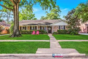 1040 Martin, Houston TX 77018