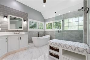 58 Candle Pine, The Woodlands TX 77381