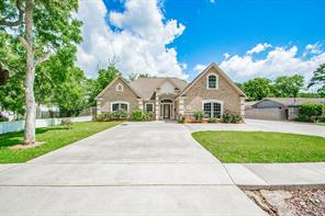 362 Smith, Clute TX 77531