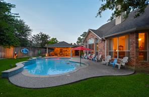 11614 Lakewood Crossing Drive, Tomball, TX 77377