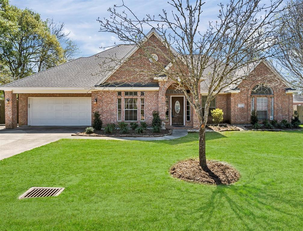 3808 Oak Ridge Drive, Baytown, TX 77523