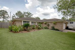 4204 Queenswood, Baytown TX 77521