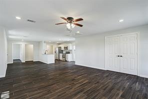 2517 Barbers Hill, Highlands, TX, 77562