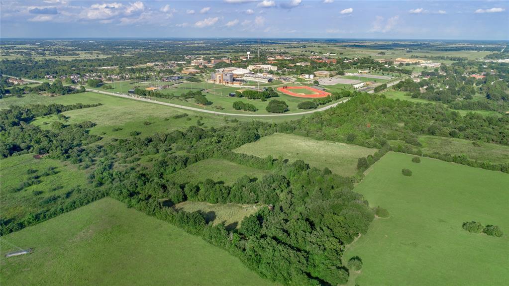 45110 Frontage Road, Prairie View, TX 77446