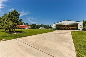 111 Taxiway, Livingston, TX 77351