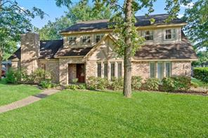 202 Pine Manor