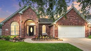2904 Amanda Lee Drive, Pearland, TX 77581